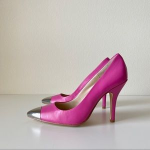 NWT Chinese Laundry pink heels with silver toe